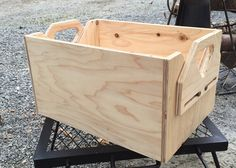 Chuck Box, Camping Furniture, Camping Organization, Yard Sale, Camping Hacks, Design Elements, Crates, Diy And Crafts, Woodworking