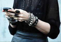 Kate Lanphear by Tommy Ton Rock Chic, Glam Rock, Rock Style, My Style, Jewelry Box, Jewelry Accessories, Fashion Accessories, Jewlery, Kate Lanphear