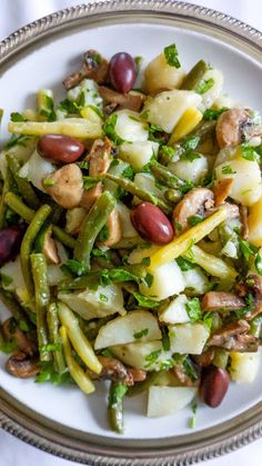 Potato salad with green beans, yellow wax beans and roasted mushrooms | Tera Solara