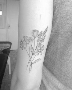 Tatuagem não precisa ser tudo igual. Prova disso são os desenhos delicados e cheios de criatividade da tatuadora capixaba Brunella Simões.
