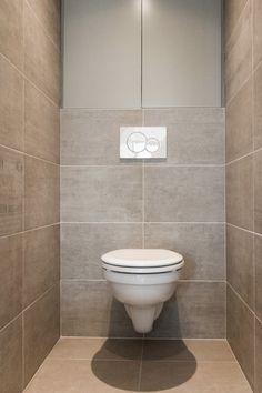 WC suspendu à Odeur