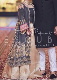 At a mehndi - Wedding Beautiful Pakistani Dresses, Pakistani Formal Dresses, Pakistani Dress Design, Stylish Gown, Stylish Dress Designs, Pakistani Fashion Party Wear, Pakistani Wedding Outfits, Salwar Designs, Wedding Dresses For Girls