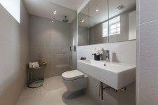 bad on pinterest grey tiles tile and bathroom. Black Bedroom Furniture Sets. Home Design Ideas