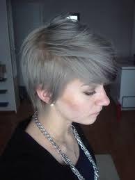 lyhyiden hiusten liukuvärjäys - Google-haku