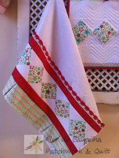 Patch Quilt, Quilt Blocks, Dish Towels, Tea Towels, Home Crafts, Diy And Crafts, Applique Towels, Patchwork Quilt, Kitchen Pantry Design