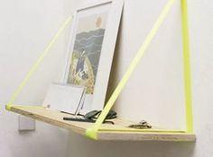 Tutoriale DIY: Cómo hacer una estantería minimalista con cinta neón vía DaWanda.com