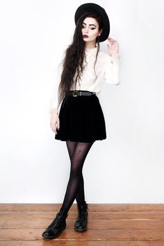 Фотограф Виолетт Эль о любимых нарядах. Изображение № 11.