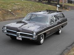 1967 pontiac bonneville   1967 Pontiac Bonneville Executive Safari Station Wagon