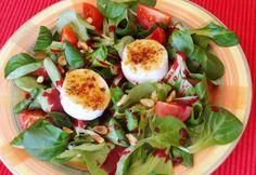 13+1 saláta vacsorára 300 kalóriából Caprese Salad, Cake Cookies, Street Food, Diet Recipes, Paleo, Food And Drink, Eggs, Breakfast, Healthy