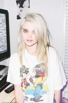she always looks tired haha but nice hair
