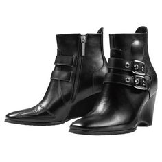 Motorcycle Gear For Women Riding Boots Heels 37 Ideas Women's Motorcycle Boots, Moto Boots, Motorcycle Clothes, Women Motorcycle, Riding Gear, Riding Boots, Heeled Boots, Shoe Boots, Women's Boots