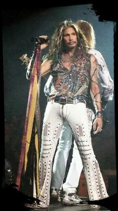 ♥ Steven Tyler ♥ Cs Loved this concert/ Thank You Steven :) Beautiful Men, Beautiful People, Steven Tyler Aerosmith, Elevator Music, Joe Perry, We Will Rock You, Liv Tyler, Rock Legends, Rock And Roll Bands