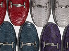 Precious materials and metallic reflections. Choose your Spring Summer 2016 Tod's Double T Gommino at tods.com  #Tods #SS16 #TodsDoubleT