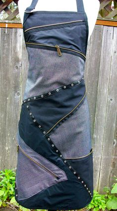 Apron -- Love it!! -- (not sure if this is part denim or not denim, but looks like some is.) this idea for a dress