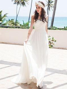 Vestidos de Boda en la Playa - Para Más Información Ingresa en: http://imagenesdevestidosdenovia.com/vestidos-de-boda-en-la-playa/