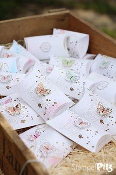 Stempelpilz | Stampin' UP! : Gastgeschenke zur Hochzeit | Miri Homemade Gift Bags, Pillow Box, Craft Packaging, Creative Box, 3d Paper Crafts, Paper Cards, Keepsake Boxes, Diy Craft Projects, Small Gifts