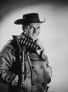 """Steve McQueen, portrait for """"Wanted: Dead or Alive,"""" 1958 Hollywood Actor, Classic Hollywood, Old Hollywood, Hollywood Stars, Classic Tv, Classic Movies, Tv Vintage, Vintage Films, Vintage Stuff"""