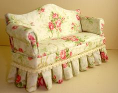 vintage rose couch