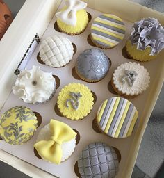 Yellow Cupcakes, Cupcake Cookies, Muffin Cupcake, Floral Crown, Color Of The Year, New Pins, Colour Schemes, Pantone Color, Cake Toppers
