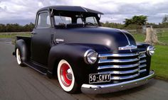 1950 five window Chevy truck. This is so awesome. Want it