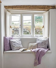 Real home: a tiny thatched cottage full of light and space A window seat enables you to make the most of the stunning views out of the window Cottage Living Rooms, Cottage Homes, Country Cottage Bedroom, Cottage Lounge, Country Cottage Interiors, Living Room Windows, Cottage Windows, Home Decoracion, Up House