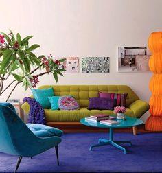 Colorful interior design for a small apartment 1