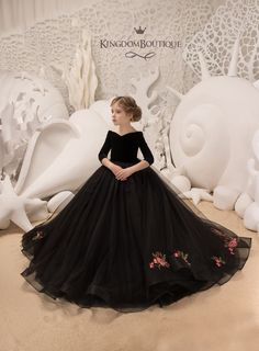 Inspire Idea of Flower Girl Dress for Wedding Party, Part 27 Gowns For Girls, Little Girl Dresses, Girls Dresses, Flower Girl Dresses, Flower Girls, Girls Party Dress, Party Dresses, Summer Dresses, Baby Dress