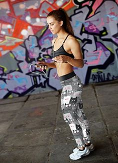 Purrfect for the gym! Kittens Cutest, Cute Cats, Funny Cats, Cat Leggings, Funny Tshirts, Compliments, Cat Lovers, Sporty, Brand New