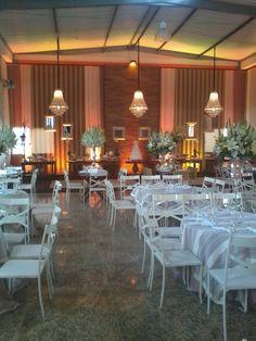 Salão decorado para casamento em Castelo - ES