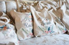 Bridal Party Gifts: For her country wedding, the bride included her bridesmaid gifts in these personalized totes. The chic floral details went so well with the wedding theme! Cheap Wedding Gifts, Creative Wedding Favors, Personalized Wedding Gifts, Destination Wedding Bags, Wedding Planning, Tea Length Wedding Dress, Wedding Dresses, Wedding Shower Invitations, Floral Wedding