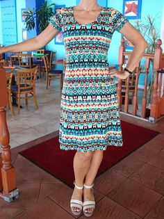 Free pattern for this fit and flare dress with princess seams. Full video…