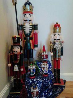 Cute nutcracker christmas display