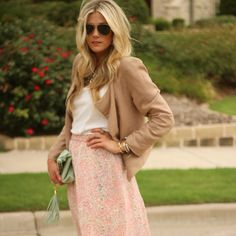 Gotta have, Love this look! The pastel turquoise leather clutch, long bahamian skirt, and the silk blazer.