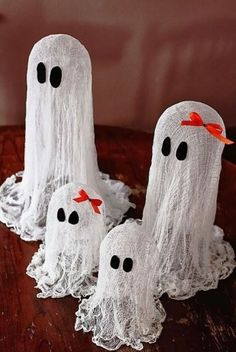 Small Ghosts Accessorize Tables