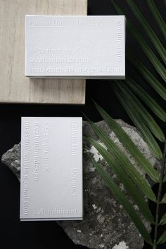 Calvin Hui designed its own business cards for his studio. He is a Hong Kong based Graphic Designer who specialized in Branding Design and Art Direction.