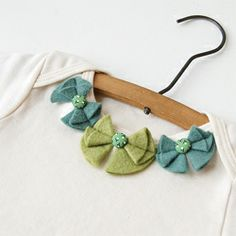felt bows on a collar - cute!
