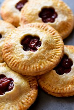 Lower Excess Fat Rooster Recipes That Basically Prime Cherry Hand Pies - Flaky Pie Crust Filled With A Delicious, Easy-To-Make Cherry Filling. Ideal For Thanksgiving Or Any Holiday Gathering Mini Cherry Pies, Cherry Hand Pies, Mini Pies, Fruit Hand Pies, Mini Fruit Pies, Cherry Recipes, Pie Recipes, Sweet Recipes, Baking Recipes