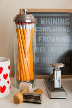 creative office - I love the straw holder for writing utensils for some reason. Straw Holder, Straw Dispenser, Cubicle Design, Desk Inspiration, Office Makeover, Home Office Space, Kids Corner, Space Crafts, Office Organization