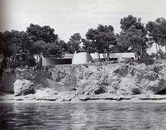 MIGUEL FISAC, casa a costa dels Pins