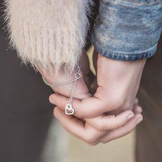 Lovebird-rannekoru - Kalevala Koru Love Birds, Jewels, Rings, How To Make, Wedding, Valentines Day Weddings, Jewerly, Ring, Jewelry Rings