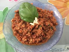 Pesto pomodori secchi, okara di mandorle, basilico e pinoli col CuCo Moulinex - http://www.mycuco.it/cuisine-companion-moulinex/ricette/pesto-pomodori-secchi-okara-di-mandorle-basilico-e-pinoli-col-cuco-moulinex/?utm_source=PN&utm_medium=Pinterest&utm_campaign=SNAP%2Bfrom%2BMy+CuCo