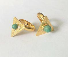 Anillo Emma con Morralla de Esmeralda  Raw Emerald, Ring, Goldfilled, Preciuos stones, Amarati