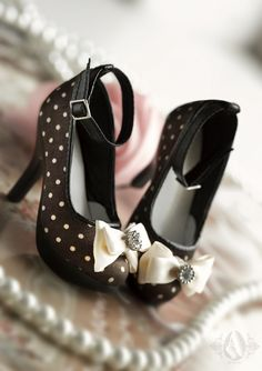 Mamma Marilyn H for you!!!! Adorable BJD shoes