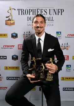 Photocall avec le logotype SPS. Trophées UNFP 2014. Zlatan Ibrahimovic. #UNFP #logo #sport