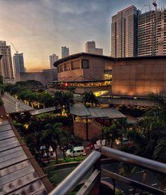 the upper class city in Manila  Makati   PHILIPPINES