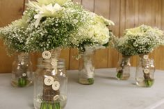 Burlap and buttons on bridesmaids bouquets...beautiful!! Photo by Wanda Hunt