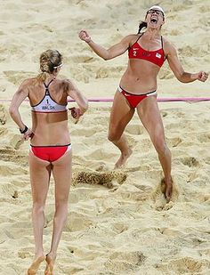Misty May-Treanor, Kerri Walsh Jennings win 3rd beach gold