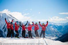I nostri super maestri di sci e snowboard!  #SkiCourmayeur #ScuolaSciCourmayeur #ski #snowboard #sci #sciare #sport #freeride #freestyle #skitour #corsisci #corsisnowboard #lezioniprivate #minigruppisci #minigruppisnowboard #collettivesci #collettivesnowboard #skisafari #courmayeur #montblanc #montebianco #alpi #valledaosta #italy #travel ph.Alessandro Belluscio