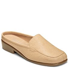 Wide Width Shoes for Women at Aerosoles