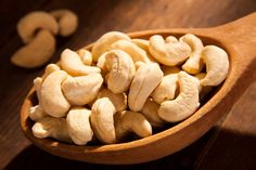 15 Unbelievable Health Benefits of Cashew Nuts